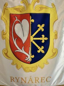 slavnostní saténový tištěný znak pro obec Rynárec