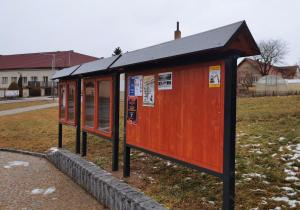 Plakátovací plochy kombinované dřevo/kov