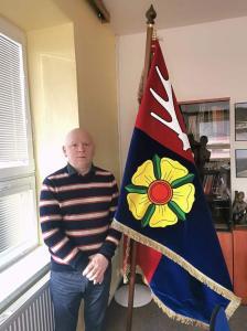 slavnostní sametová vlajka obce Studená