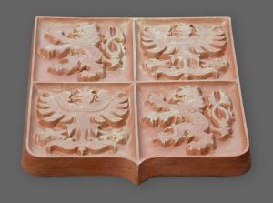 keramický velký státní znak